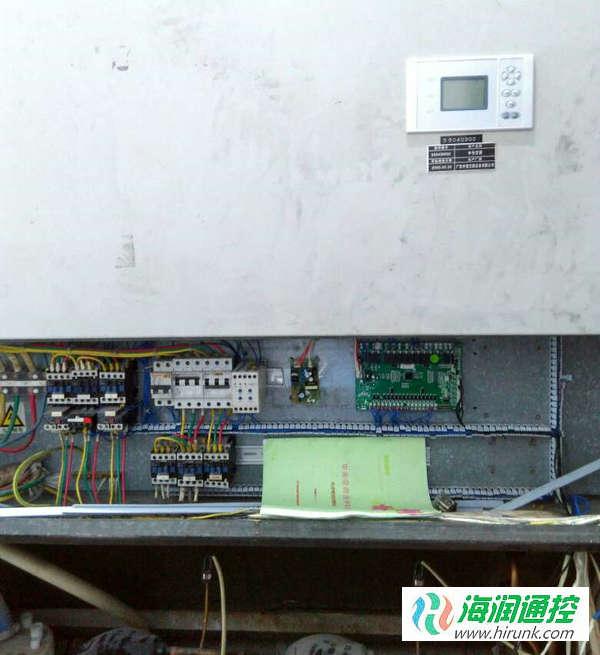 海润通控水冷柜机通用控制板安装完成